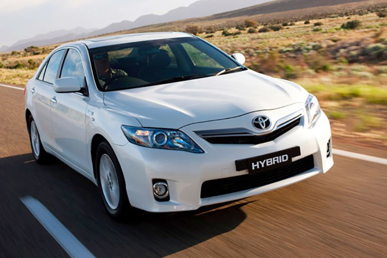 2010 Toyota Camry Hybrid Review Strengths And Weaknesses Photo