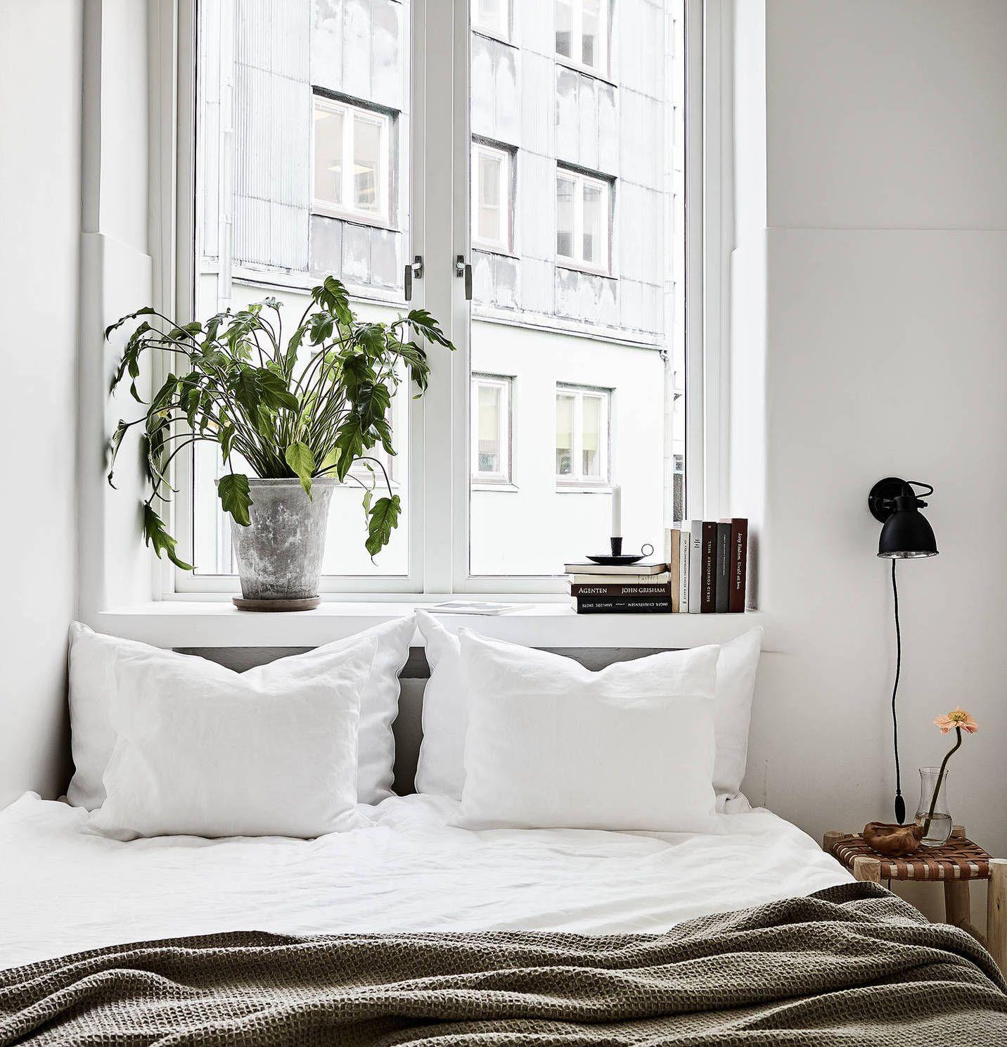 White home with warm details | Schlafzimmer, Ruhte und Schönes leben