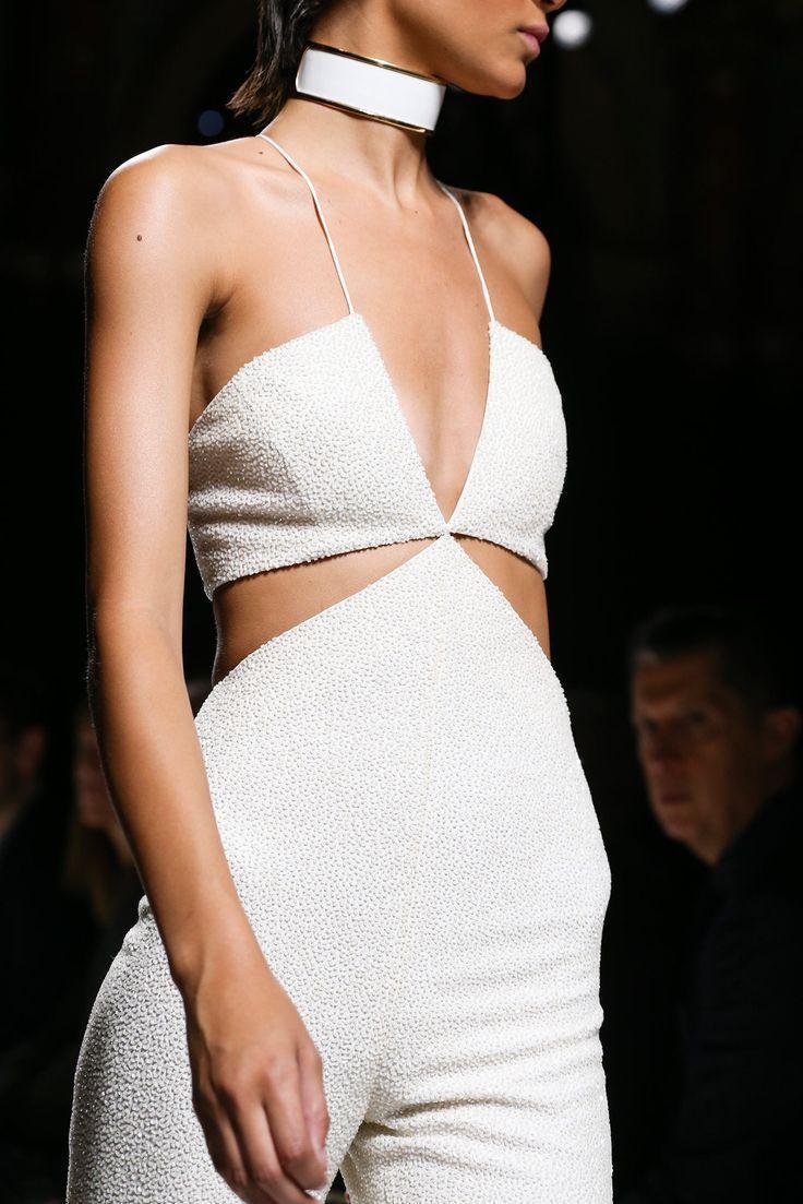 Balmain Spring 2015 Ready-to-Wear Fashion Show