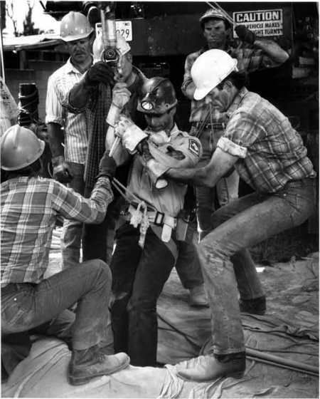 Baby Jessica Everybodys Baby The Rescue Of Jessica Mcclure 1989