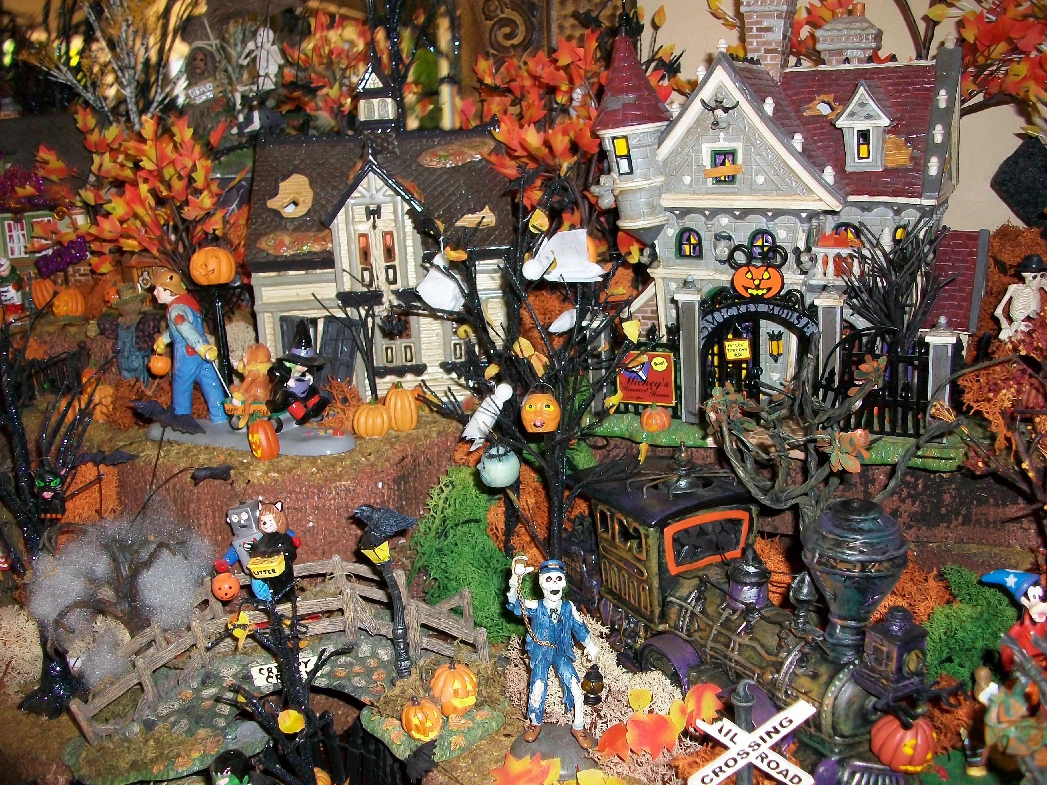 Department 56 dickens village display ideas - Halloween Village Display Dept 56 Halloween Display Lemax Spooky Town Display