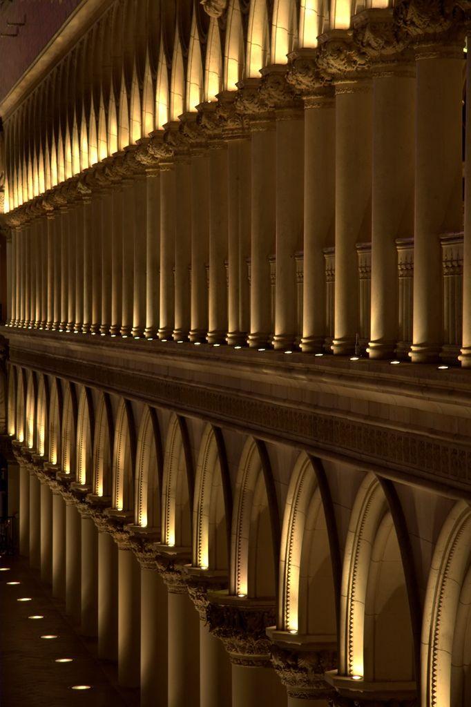 Column Lighting Pecha Kucha Thesis In 2019 Facade