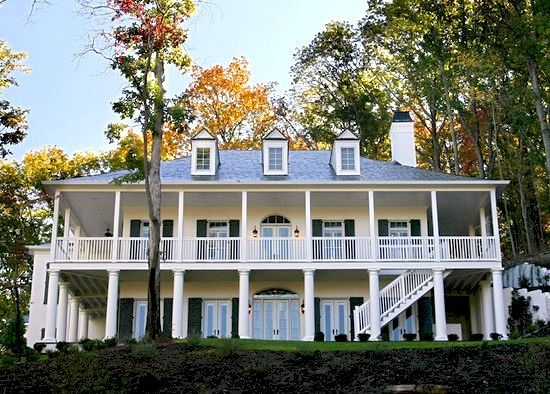 Columbus Day Colonial Home Historic House Colonial House House Styles Colonial House Plans