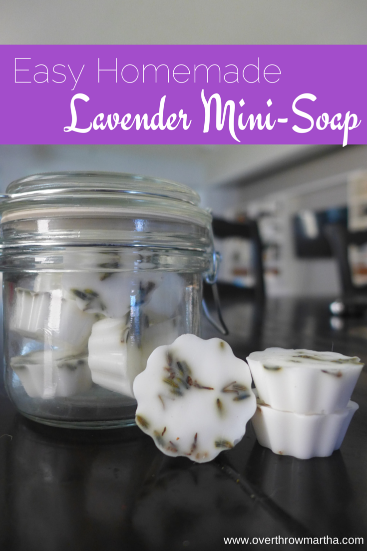 Easy Homemade Lavender minisoaps that take only minutes