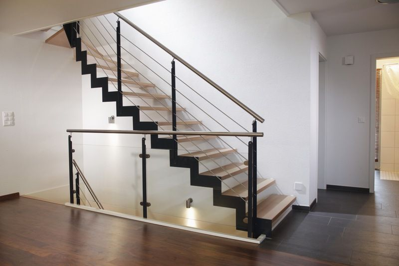 stahlwangentreppe modern flur pinterest. Black Bedroom Furniture Sets. Home Design Ideas