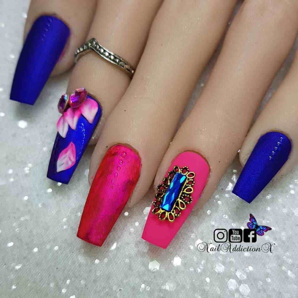 Beautiful 3d Royal Blue Mani With Hot Pink Royal Blue Nails Designs Royal Blue Nails Blue Nail Designs