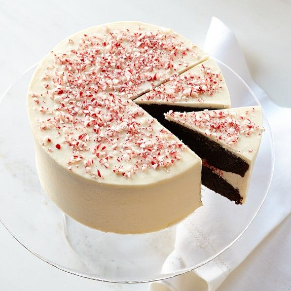 Peppermint Chocolate Crunch Cake  http://rstyle.me/n/dktbcnyg6