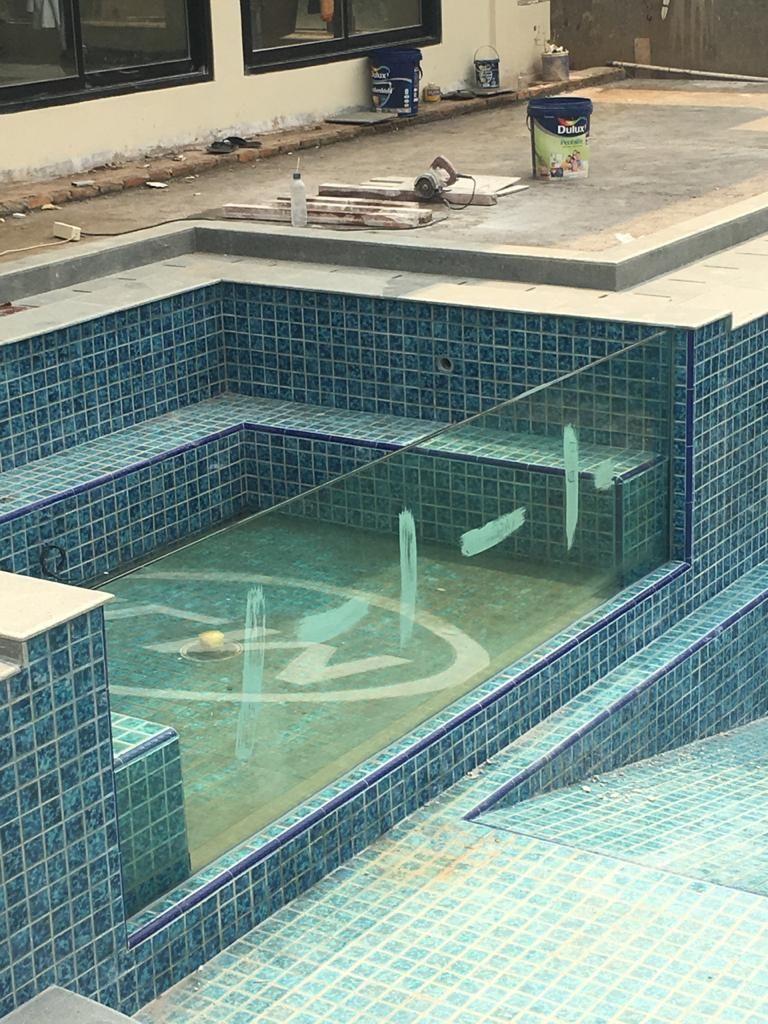 Desain Interior Kolam Renang Dalam Rumah Cek Bahan Bangunan