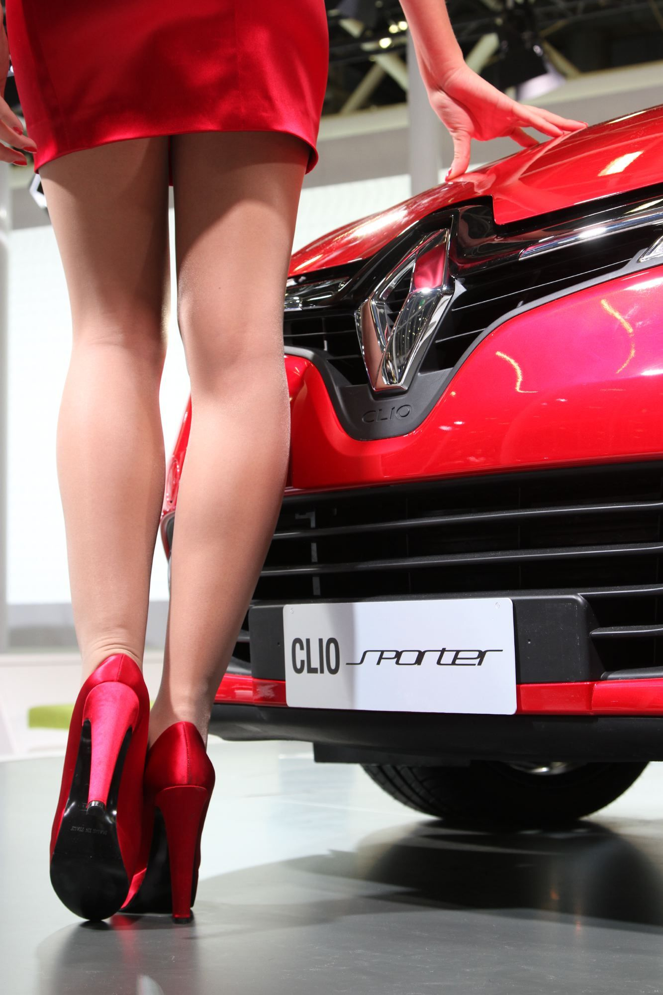 red passion renault clio sporter clio 4 luxury cars car cars. Black Bedroom Furniture Sets. Home Design Ideas