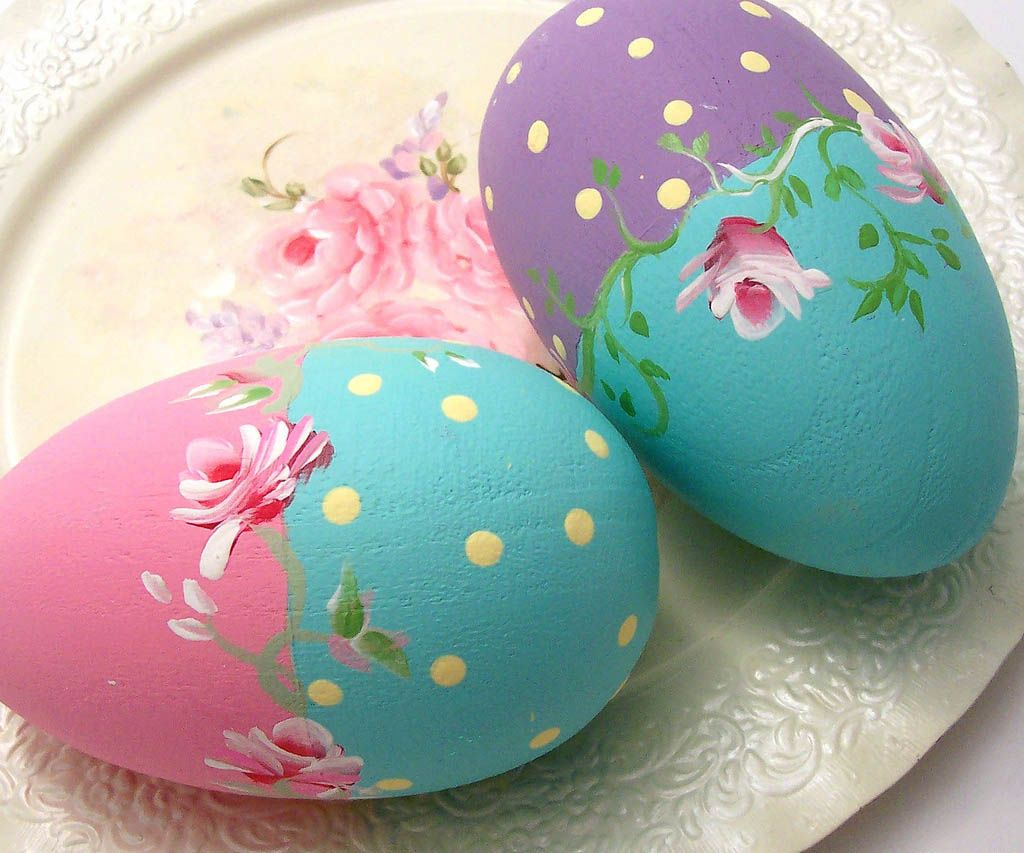 30 CREATIVE AND EASTER EGG DECORATING IDEAS