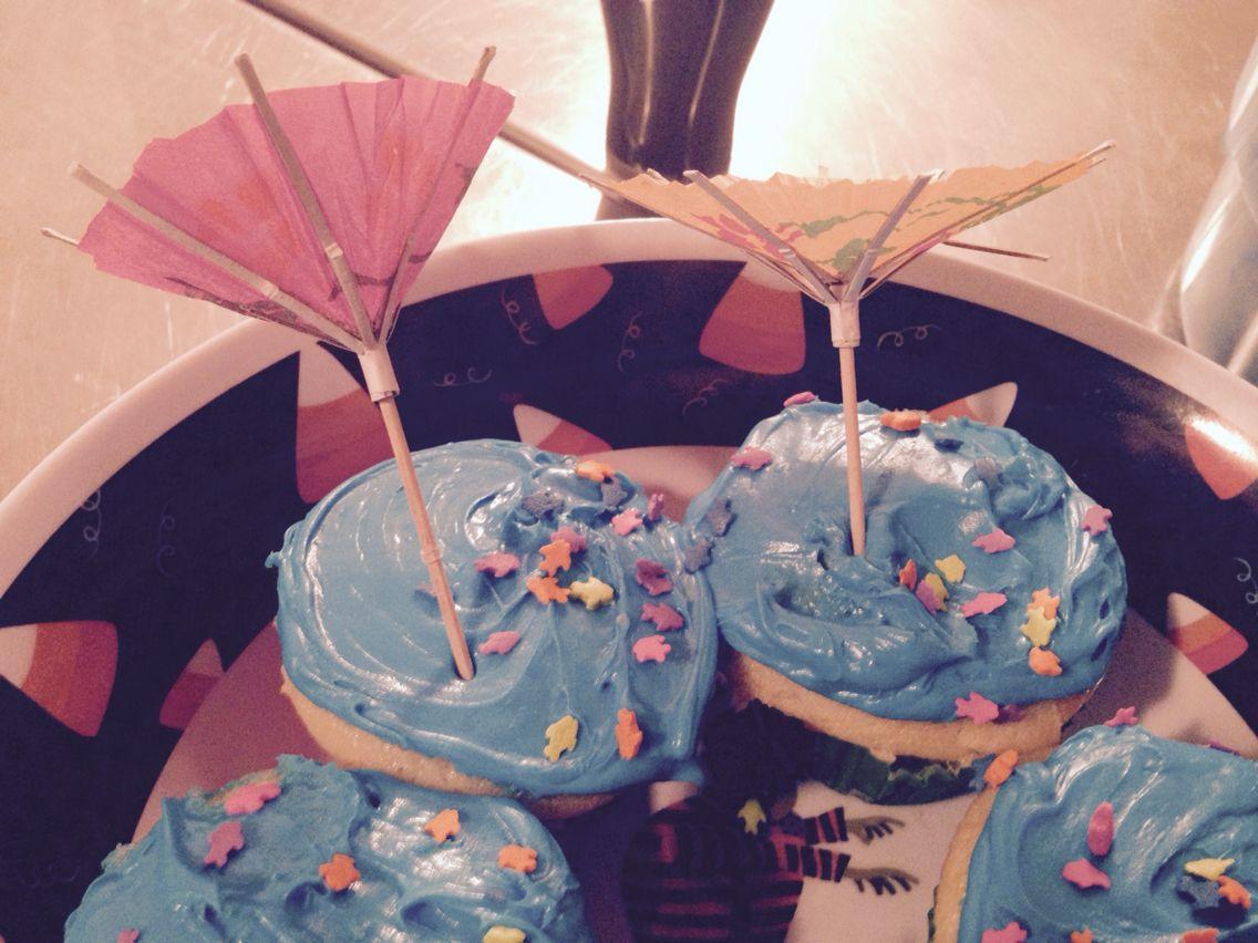 Hurricane themed cupcakes #hurricanefoodideas