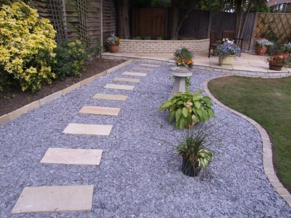 Allées de jardin créatives pour votre extérieur Outdoor living and - mettre du gravier dans son jardin