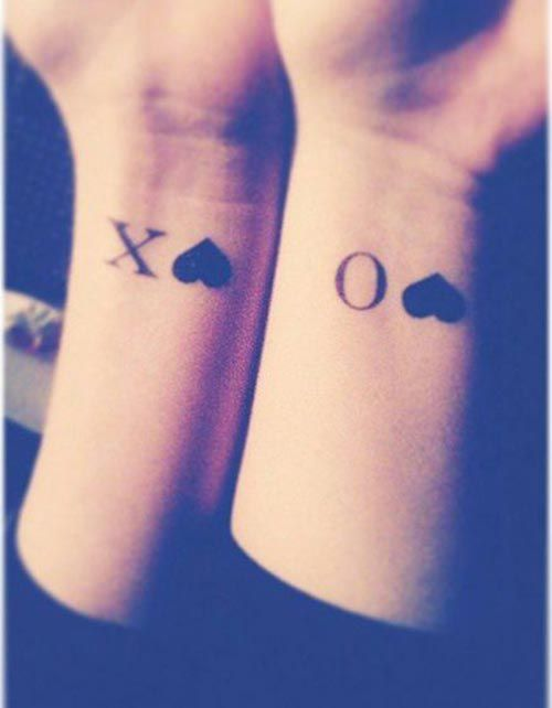 15 Insanely Cool Contrasting Best Friend Tattoo Ideas Friendship Tattoos Matching Tattoos Bff Tattoos
