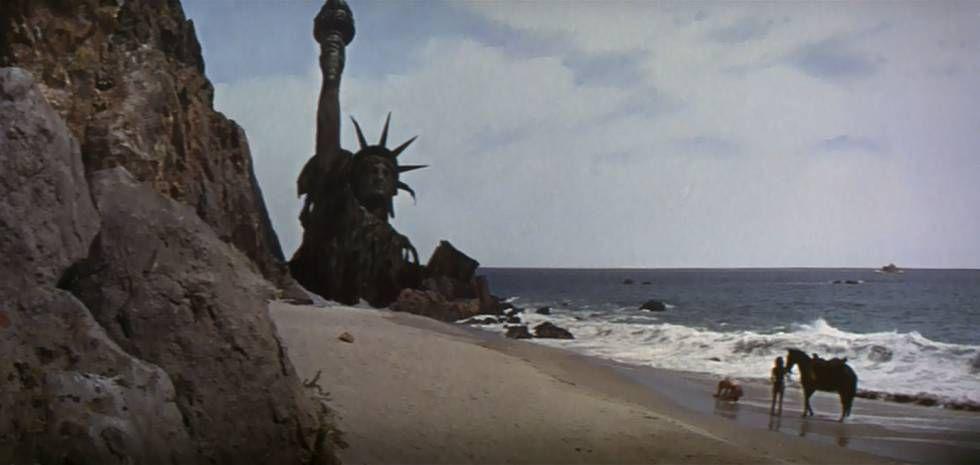 La escena final de la original El planeta de los simios.