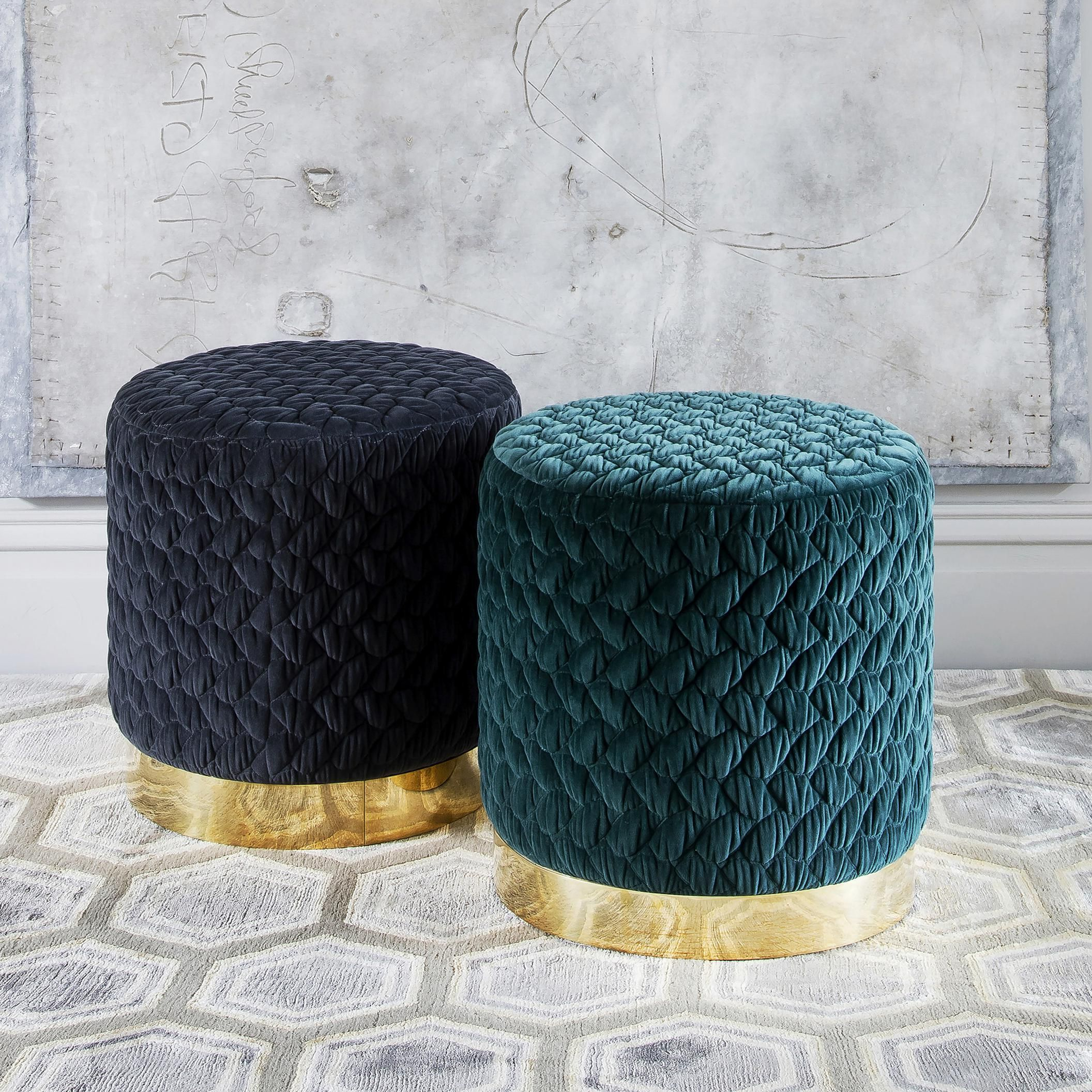 online retailer 27540 2cd88 The Diana Pouf Casa botelho | velvet spaces in 2019 | Luxury ...