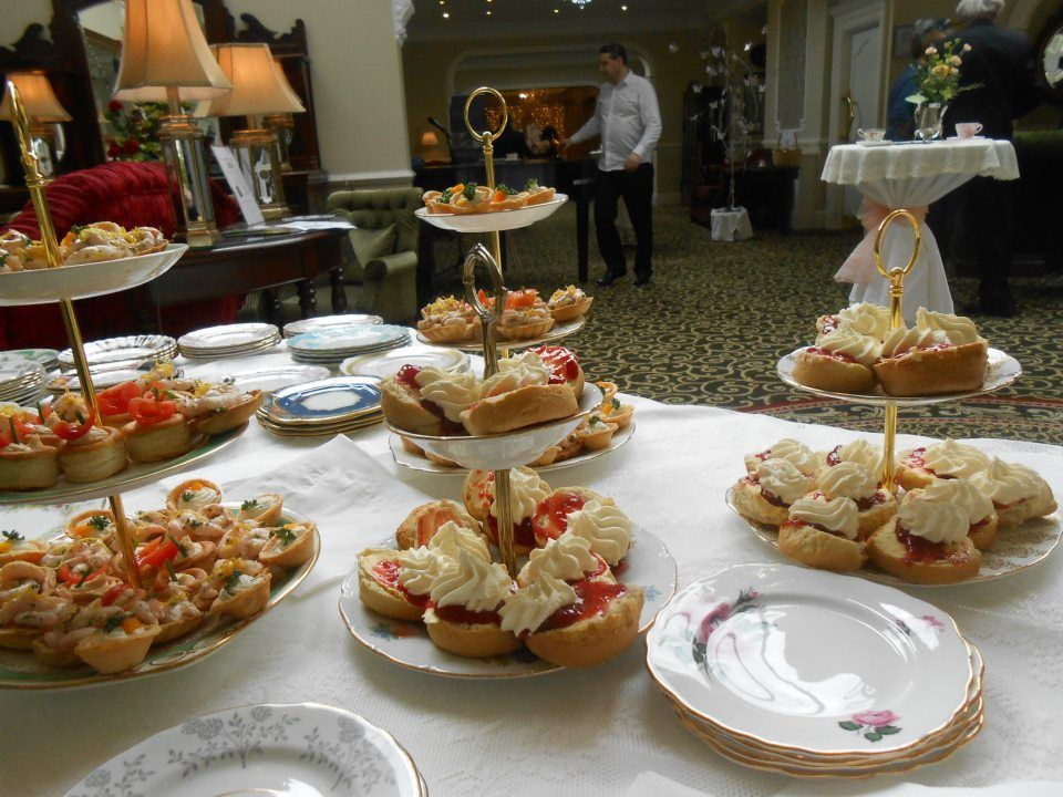 Afternoon Tea Style Wedding Reception At Fitzgeralds Woodlands House Hotel Adare Ireland