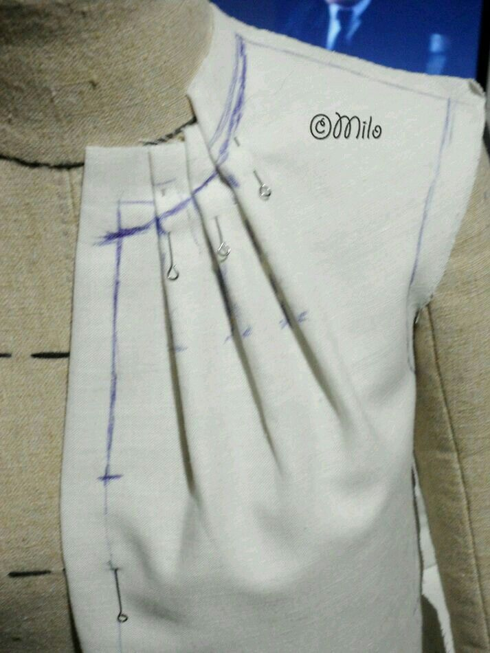 Pattern Making Calico toile on dress stand | Tailoring Techniques ...