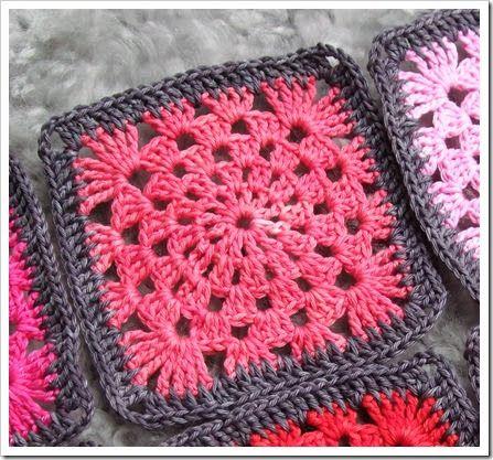 Crochet rounds granny square wheel | ⭐ Granny Squares ...