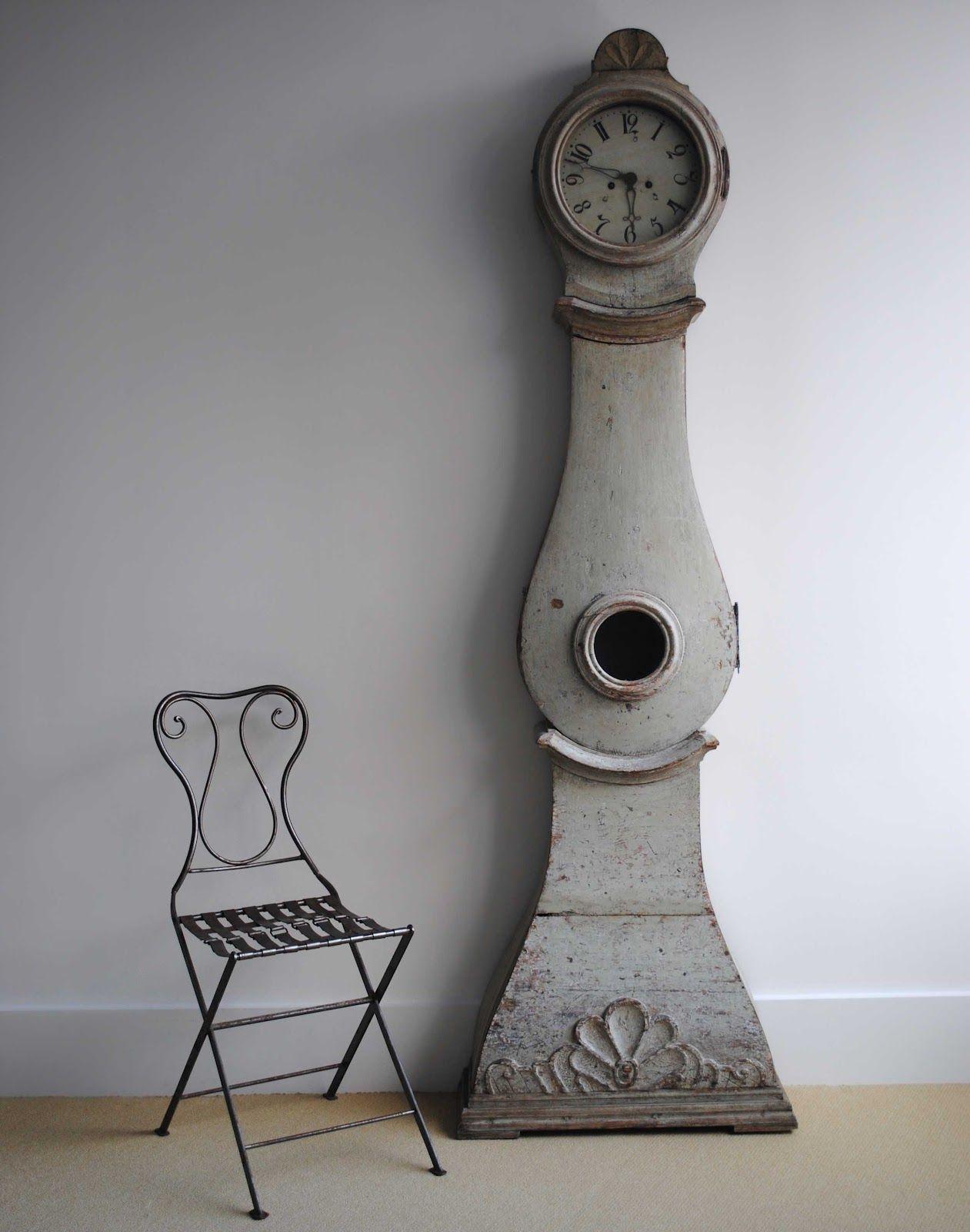 Gorgeous Mora Clock