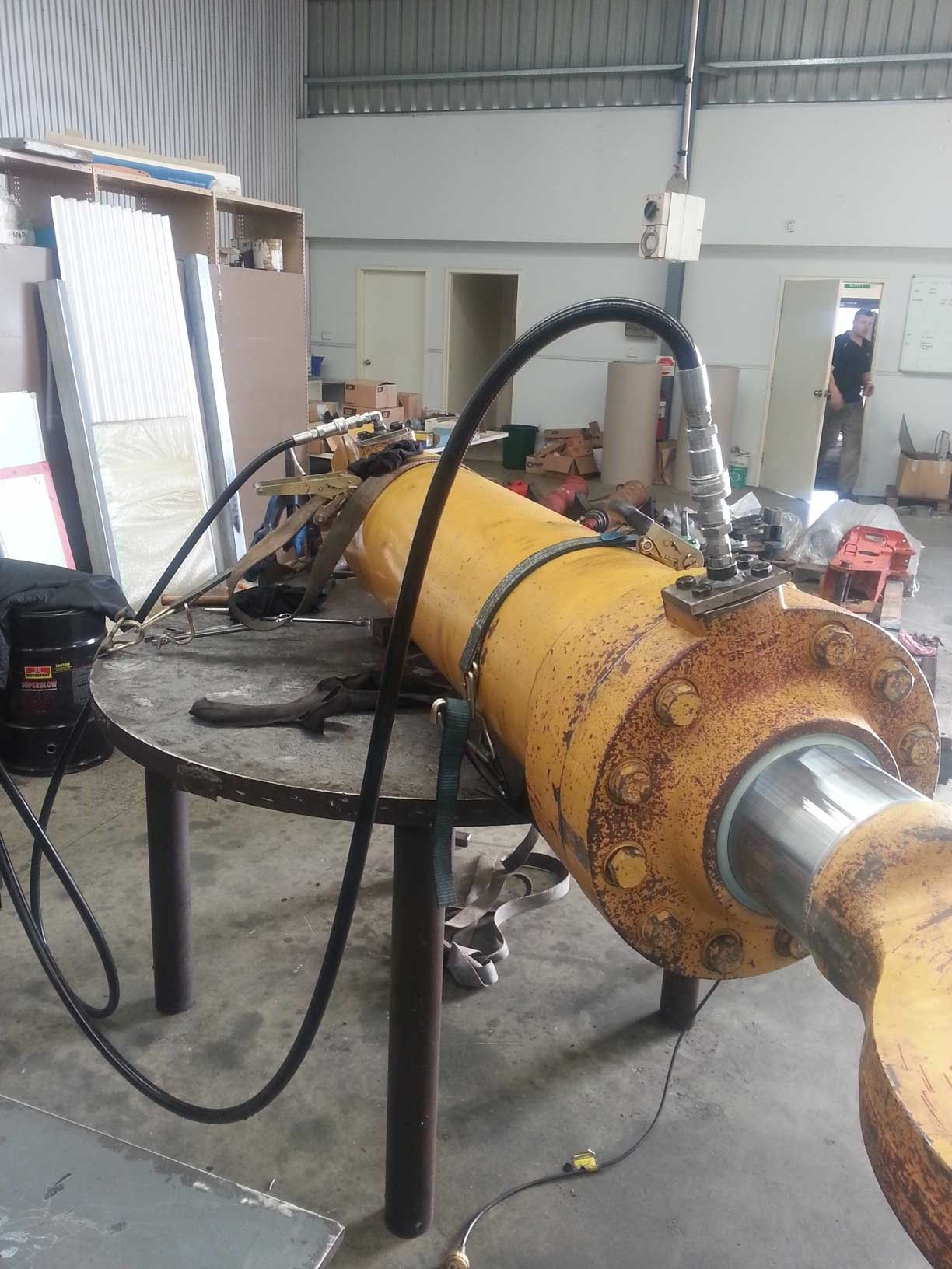 Transport Industry Hydraulic Cylinder Repair Services