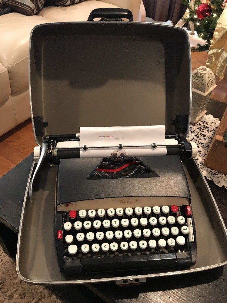 Sears Forecast 12 typewriter Vintage Manual Portable