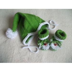 Младенца шапка и сапожки на Рождество