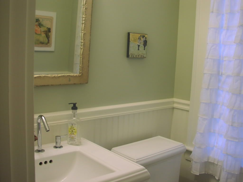 Beadboard Rooms To Bead Board Or Not A Small Powder Room Bathrooms Forum Gardenweb