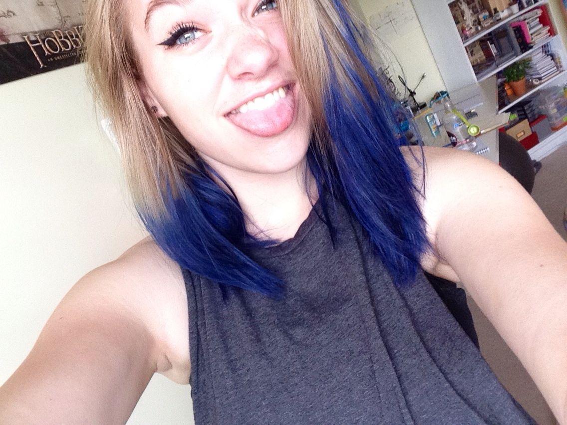 Manic Panics Shocking Blue On Natural Blonde Blone Hair Manic Panic Shocking Blue Hair Styles