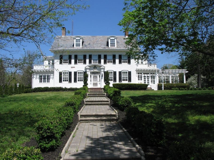 Check Out This Awesome Listing On Airbnb Historic Estate Between Ny And Philadelphia Houses For Rent In Trenton Renting A House House Rental Historic Home