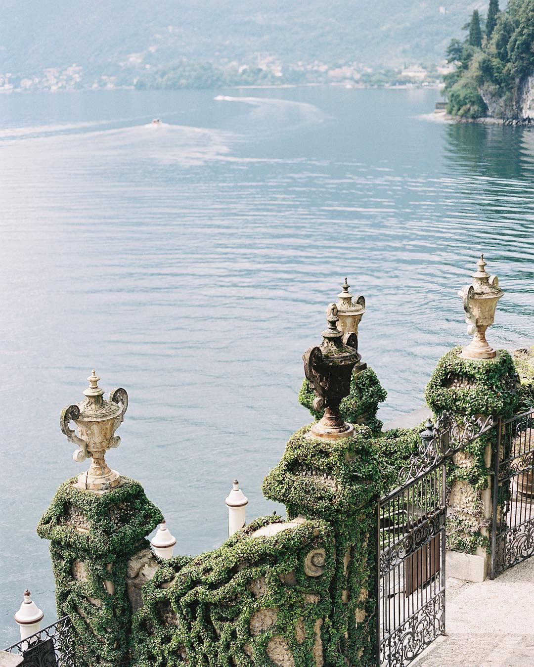 Pin by Xo, Edie on mood Favorite places, Fantasy