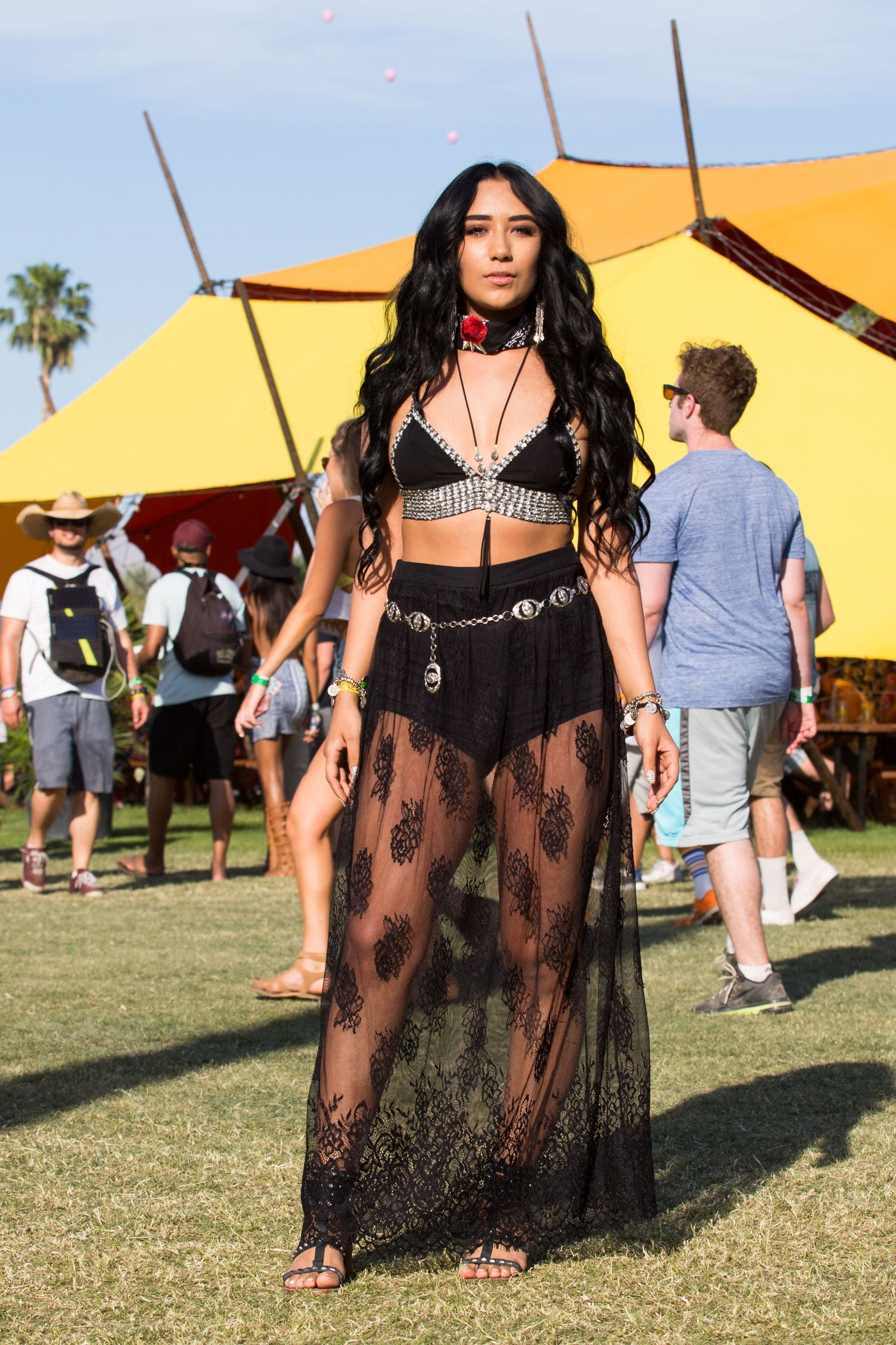 0893312559e 158 Coachella Street Style Looks That Are Totally Lit | fashion ...