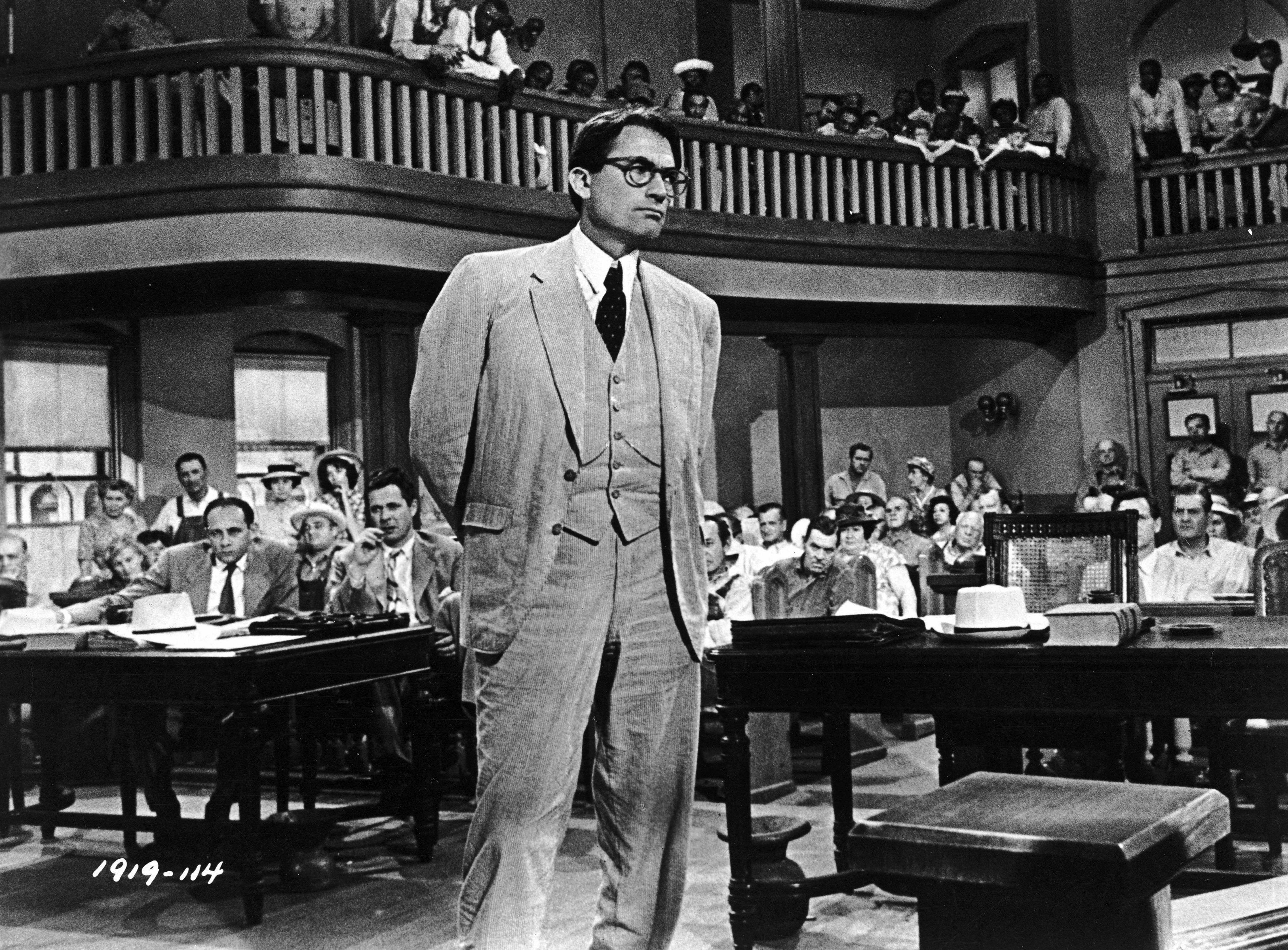 001 The direction and cinematography in To Kill a Mockingbird