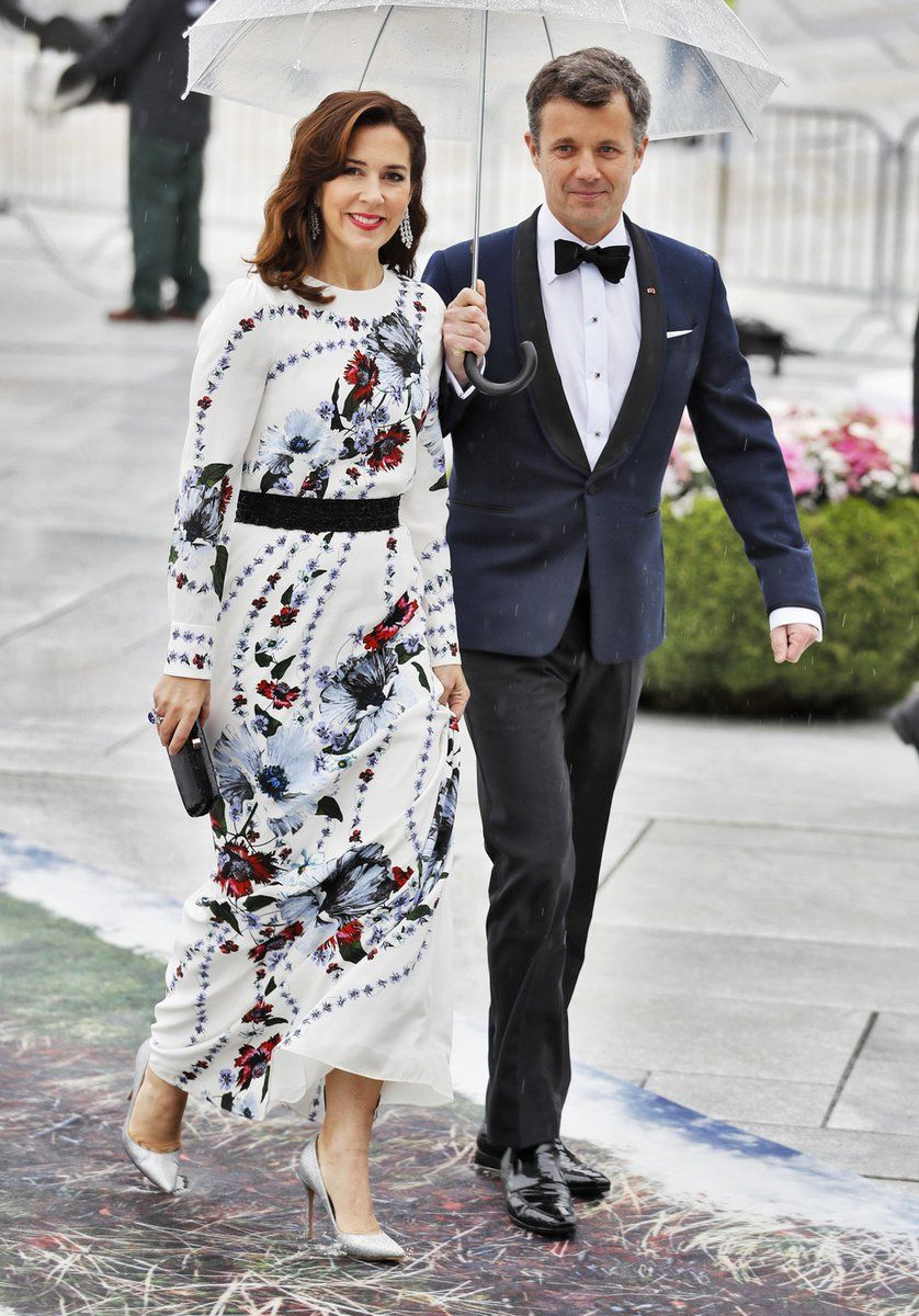 Scandinavian Royals Crownprincely On Twitter Royal Fashion Fashion Couple Outfits
