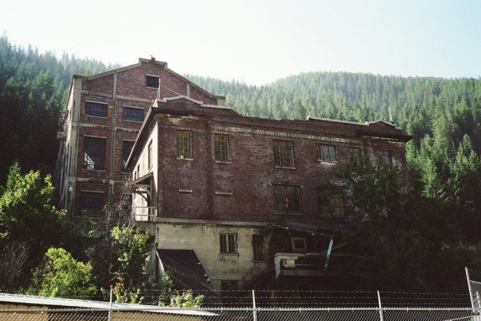 these 9 unbelievable ruins in idaho will transport you to the past rh pinterest com