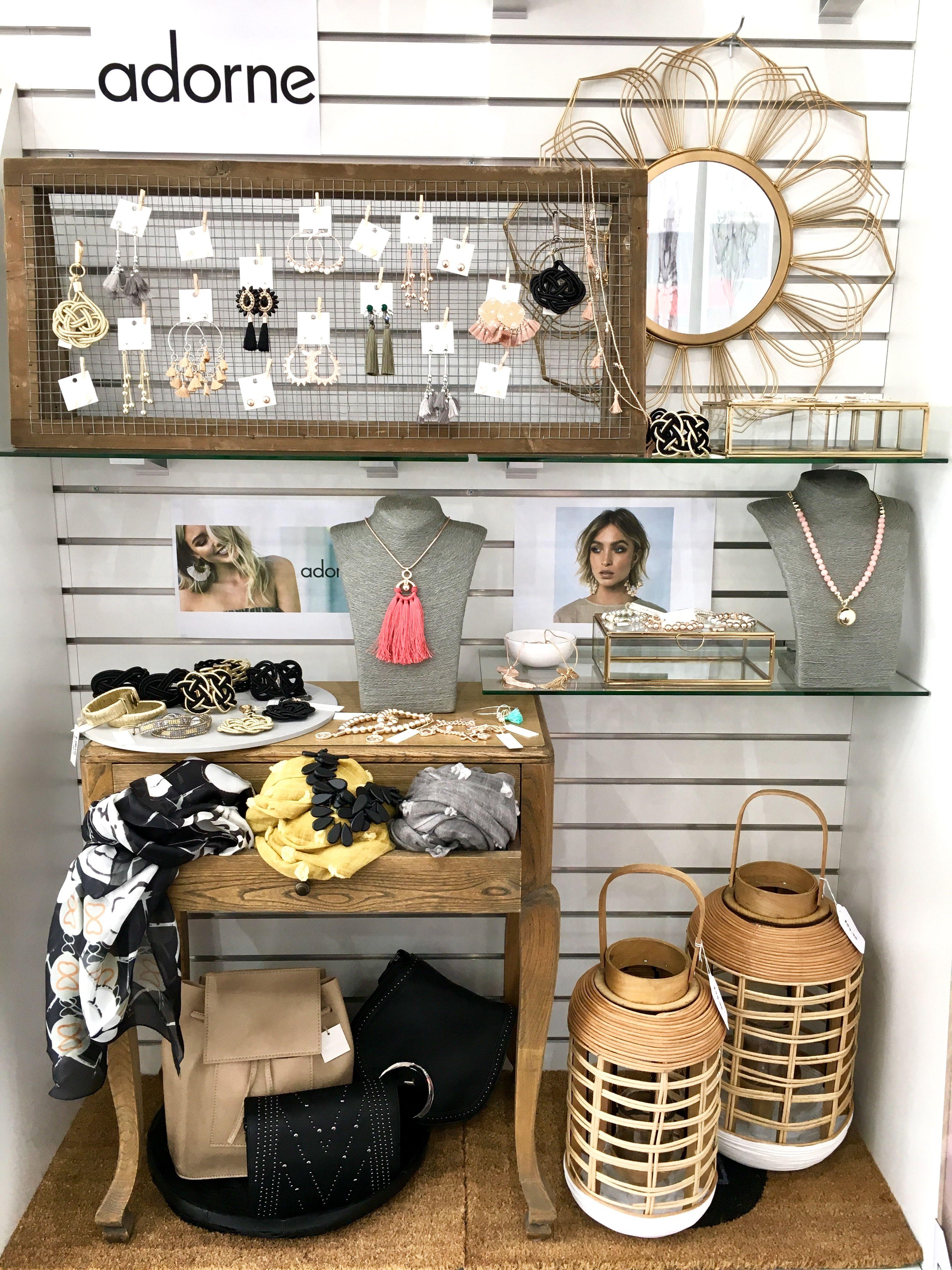 Slat Wall Merchandising Sleekhomeandgifts Slat Wall Slat Wall Display Shop Interiors