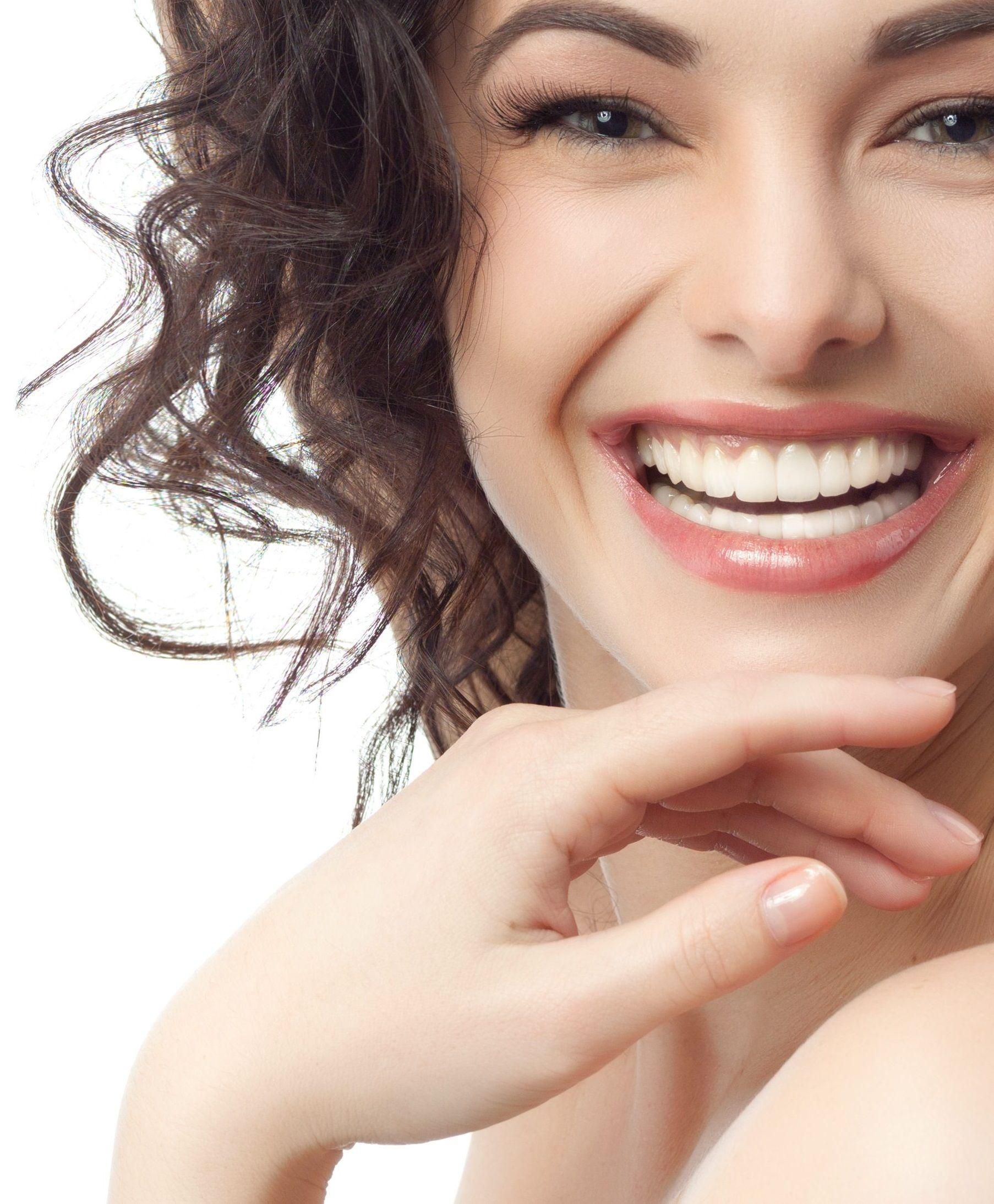 Улыбка с зубами красивыми картинка