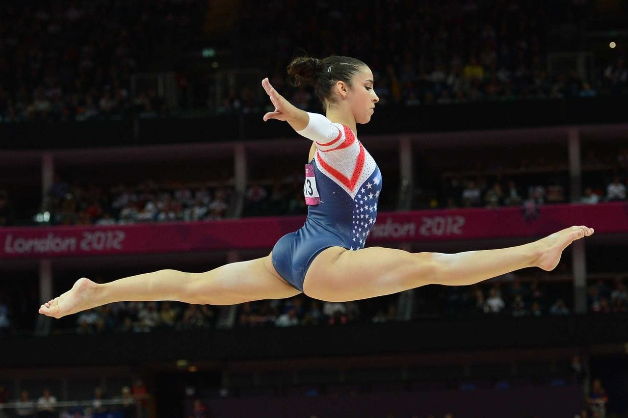 floor gymnastics splits. split jump ally raismon floor gymnastics splits n