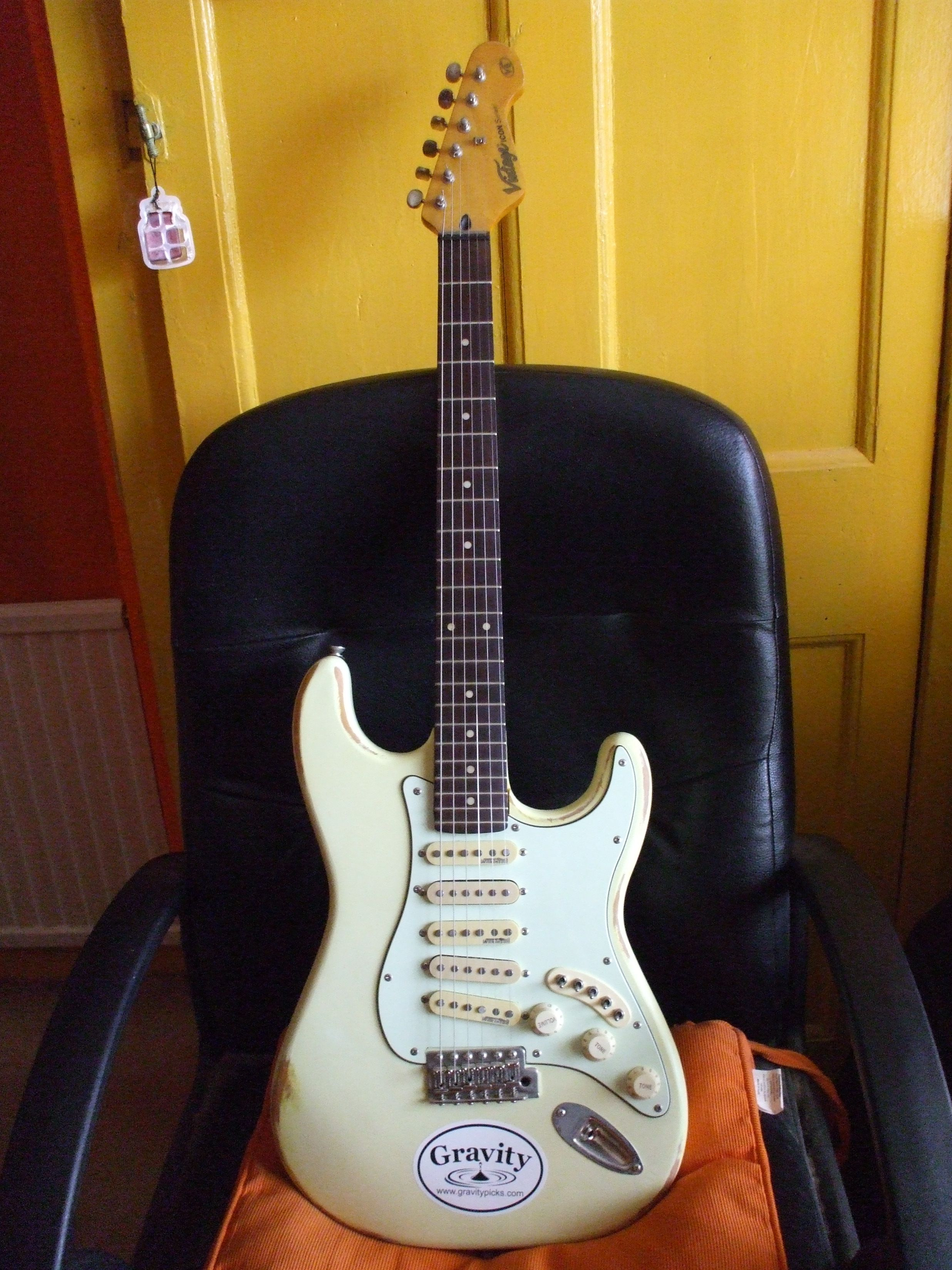 Guitar No 31 Vintage Icon Series V6 Stratocaster Copy This Guitar Has 2 Ironstone Gold Pickups Fitted Between The 3 Wilkins Telecaster Guitar The Originals
