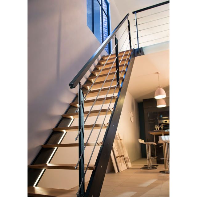 escalier droit spark led castorama maison pinterest escalier droit led et escaliers. Black Bedroom Furniture Sets. Home Design Ideas