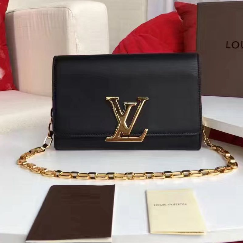 a4a777e0421 Louis Vuitton Calfskin Chain Louise GM Clutch Bag M94335 Black ...