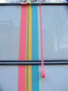 Masking tape op caravan