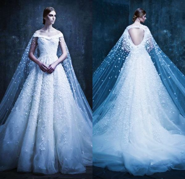 Superhero Fairy Tale! 20 Statement-Making Wedding Gowns With Capes ...