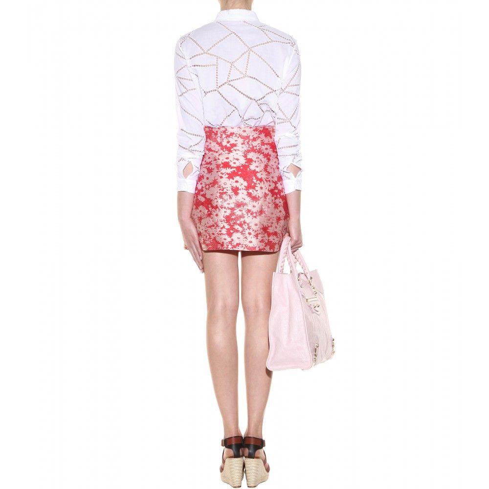 miniskirt, slightly A-line, exposed metal zipper at center front (Stella McCartney, Jodie floral-jacquard miniskirt, mytheresa.com)