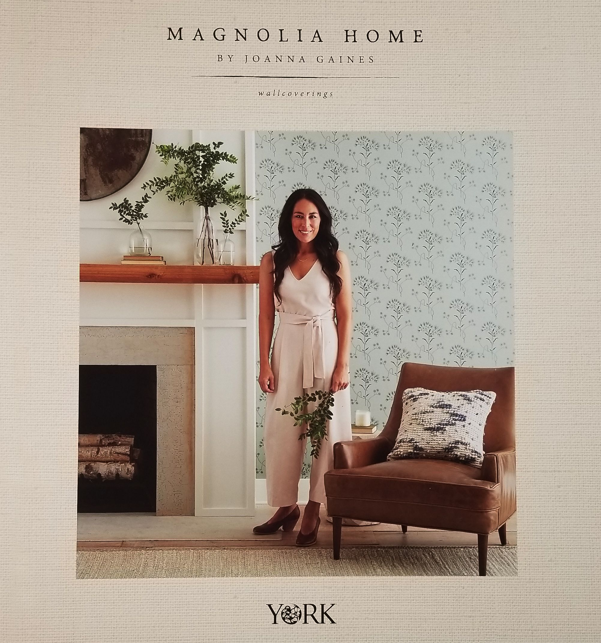 Magnolia Home By Joanna Gaines Wallpaper Leland S Wallpaper Joanna Gaines Wallpaper Magnolia Homes Home Wallpaper