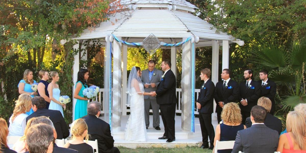 Pin on Halloween Wedding Ideas