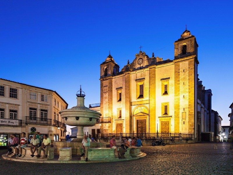 11 Best Day Trips from Lisbon, Portugal #lisbon