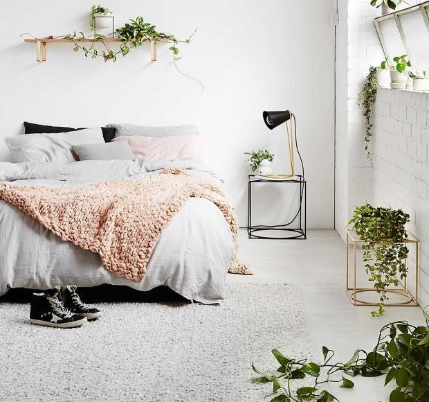 Photo of Wohnung Ideen Pflanzen Schlafzimmer grau weiß Zimmerblume