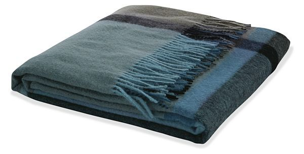 The Horizon collection combines the best of two worlds: simple Scandinavian design with the beautiful characteristics of soft, strong South American alpaca wool. Textiles made from alpaca wool have unique properties making them insulating without bulk, so these throws can be woven thin yet still give and retain warmth.