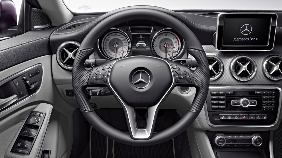 Fabulous More Interior Details Of The 2014 Mercedes Benz Cla Download Free Architecture Designs Scobabritishbridgeorg