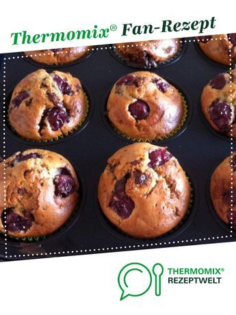 Cherry muffin with chocolate pieces